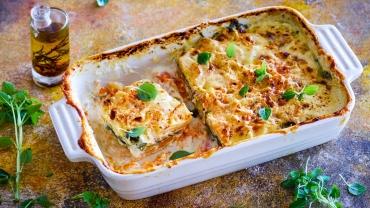 Ovenschotel met zoete aardappel en verse spinazie